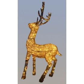Золотой олень стоит